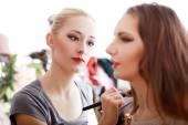 Make-up artist — Stock Photo