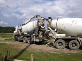Pouring concrete mixer with pump without pump mixer  — Stock Photo