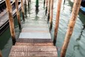 Venedik'te dock — Stok fotoğraf