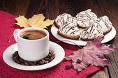 Coffee and cookies with cream — Stock Photo