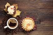 Two cakes and coffee cup — Stockfoto