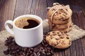 Coffee and chocolate cookies — Stock Photo