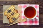 Tea cup with cookies — Stock Photo