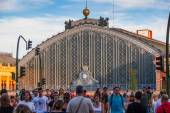People Walking Besides the Atocha Railway Station in Madrid — Stock Photo