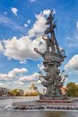 Peter The Great statue by Zurab Tsereteli — Stock Photo