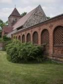 Radensleben-Kirche-Campo-Mauer — Stock Photo