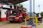 Fire truck  at the petrol station — Stock Photo