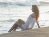 Portret op strand — Stockfoto