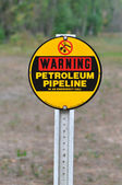 Warning Petrolium Pipeline Sign — Stock Photo