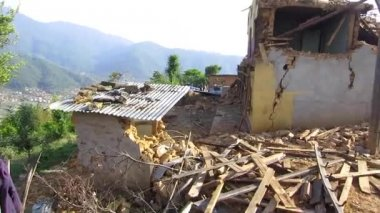 Damaged houses after Nepal earthquake — Stock Video