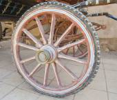 Closeup of old wooden carriage wheel — Stock Photo
