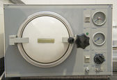 Autoclave sterilization machine in a clinic — Stockfoto