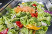 Stir fry vegetables at a chinese restaurant buffet — Stock Photo