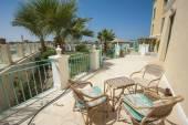 Patio of luxury villa in tropical resort — Stock Photo
