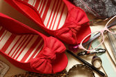 Red Bow Wedges — Stock Photo