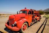 Vecchio vintage fuoco camion nel parco nazionale della valle della morte — Foto Stock