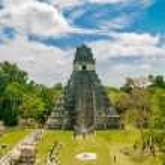 Постер, плакат: Tikal mayan ruins in guatemala