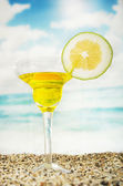 Fruity cocktails in the beach — Stock Photo