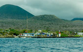Floreana island bay with mountains on background — Stock fotografie
