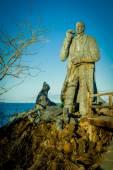Charles darwin statue in san cristobal island galapagos — Stock Photo