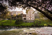 Important city landmark Tomebamba river in Cuenca Ecuador dividing the old colonial town and the modern one — Stock Photo