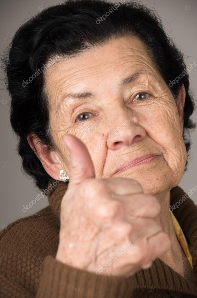 бабушки крупным планом фото