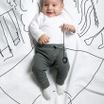 Cute baby boy playing yo-yo in the park decoration sketch — ストック写真 #70351915