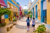 CAMAGUEY, CUBA - SEPTEMBER 4, 2015: Street view of UNESCO heritage city centre — Stock Photo