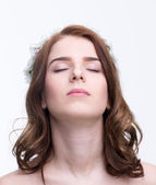 Beautiful young woman isolated — Stock Photo