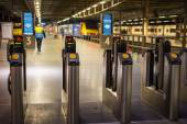 Electronic pass gate on metro tube station in London — Stock Photo