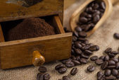 Freshly grinded organic coffee beans — Stock Photo