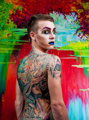 Przystojny młody mężczyzna moda model z make-up — Zdjęcie stockowe