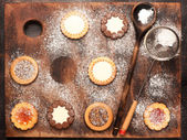 Cookies dusted with icing sugar — Stock Photo