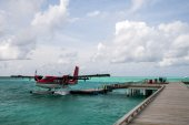 Seaplane at the dock — Stock Photo