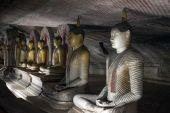 Buddha Statues at Dambulla Rock Temple, Sri Lanka — Foto de Stock