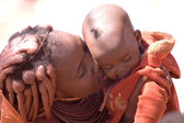 Himba mother and child — Zdjęcie stockowe