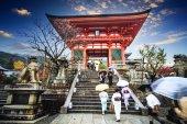 Kiyomizu-dera Temple Gate in Kyoto, Japan — 图库照片