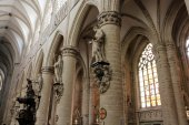 Interior of Cathedral of St. Michael and St. Gudula, Brussels, Belgium — ストック写真