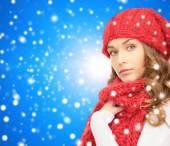 冬の服の若い女性 — ストック写真