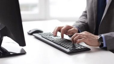 Close up of businessman hands typing on keyboard — Stock Video