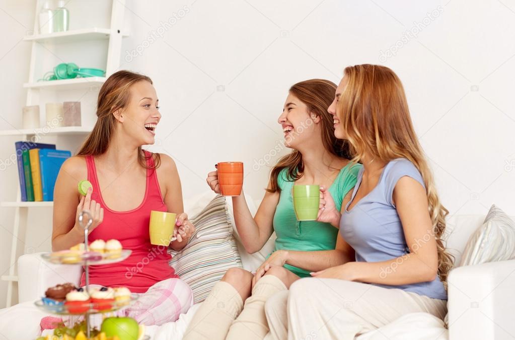 Женщины молодые дома фото фото 392-479