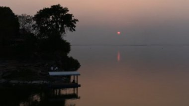 Time lapse of sunset at Ubolratana dam, Khon Kaen, Thailand — Stock Video