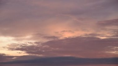 Time lapse of cloud with sunset light color changing at sunset time — Stock Video