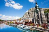 Meuse river with Collegiale Notre Dame — Stock Photo