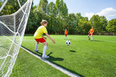 Goalkeeper tries to catch ball — Foto Stock