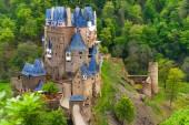 Eltz castle, Muenstermaifeld Germany — Stock Photo