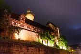 Kaiserburg with Sinwellturm, inner yard at night — Stock Photo