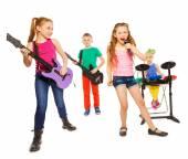 クールな子供たちが楽器を演奏します。 — ストック写真
