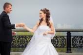 Güzel düğün çifti — Stok fotoğraf