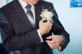 Groom white boutonniere  — Stock Photo